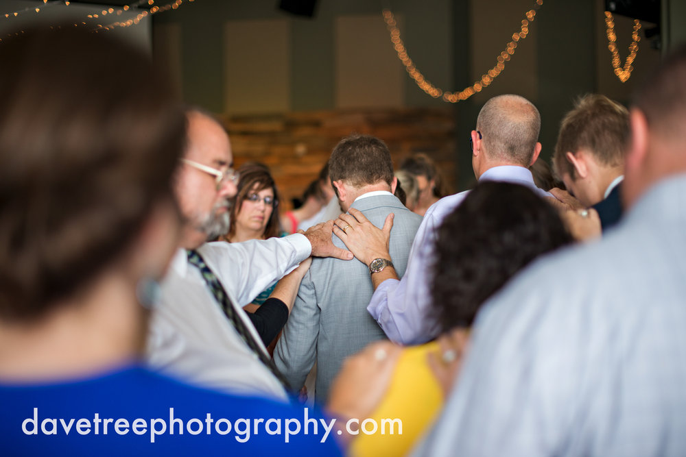 grand_haven_wedding_photographer_weaver_house_wedding_143.jpg