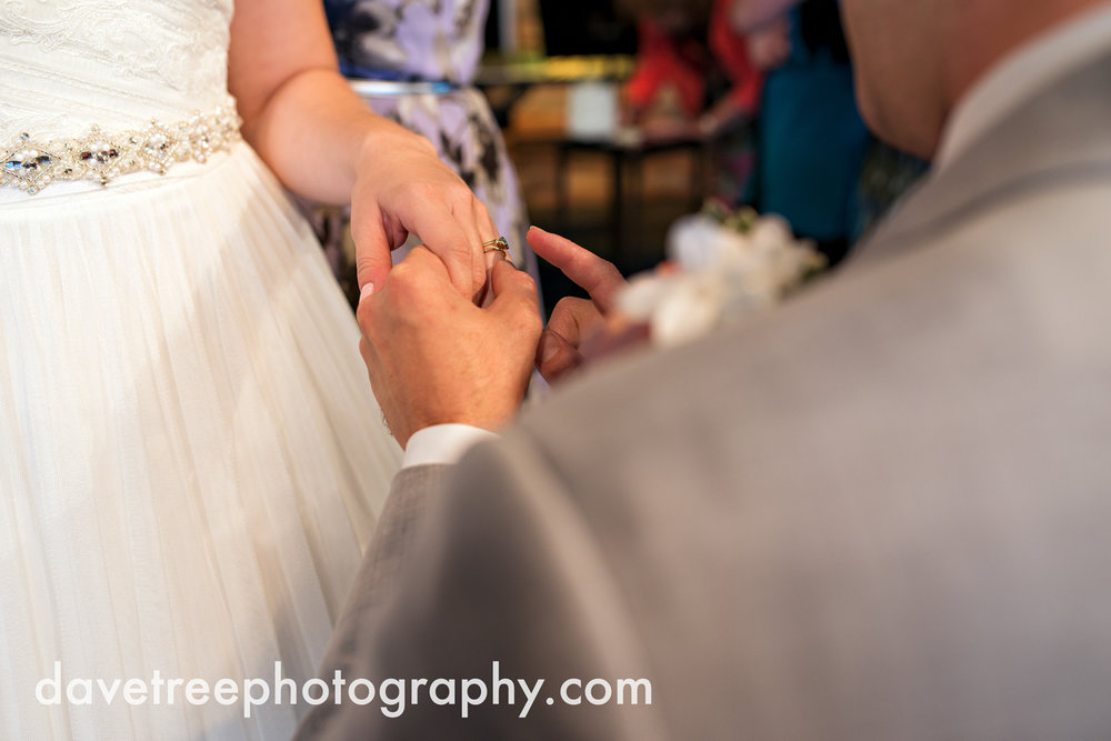 grand_haven_wedding_photographer_weaver_house_wedding_145.jpg