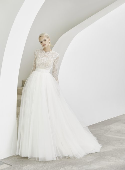 Modern Romantic Bridal Gowns St Louis