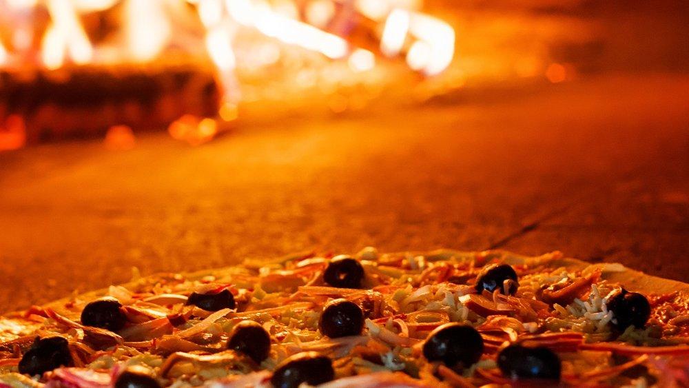 mia_pizza_wood_fired_oven_webgallery.jpg