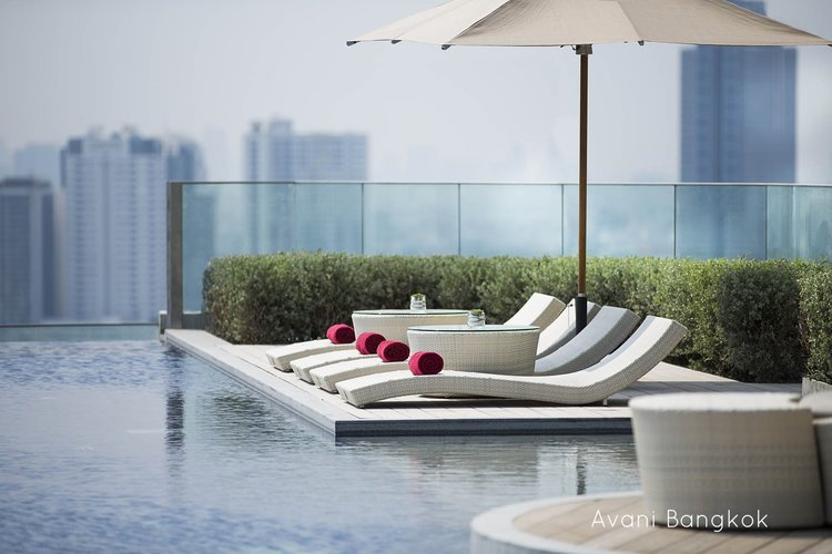 Sun bed with side table, all weather wicker ... - Find Professional Buyers For Hotel Furniture - Outdoor Hotel