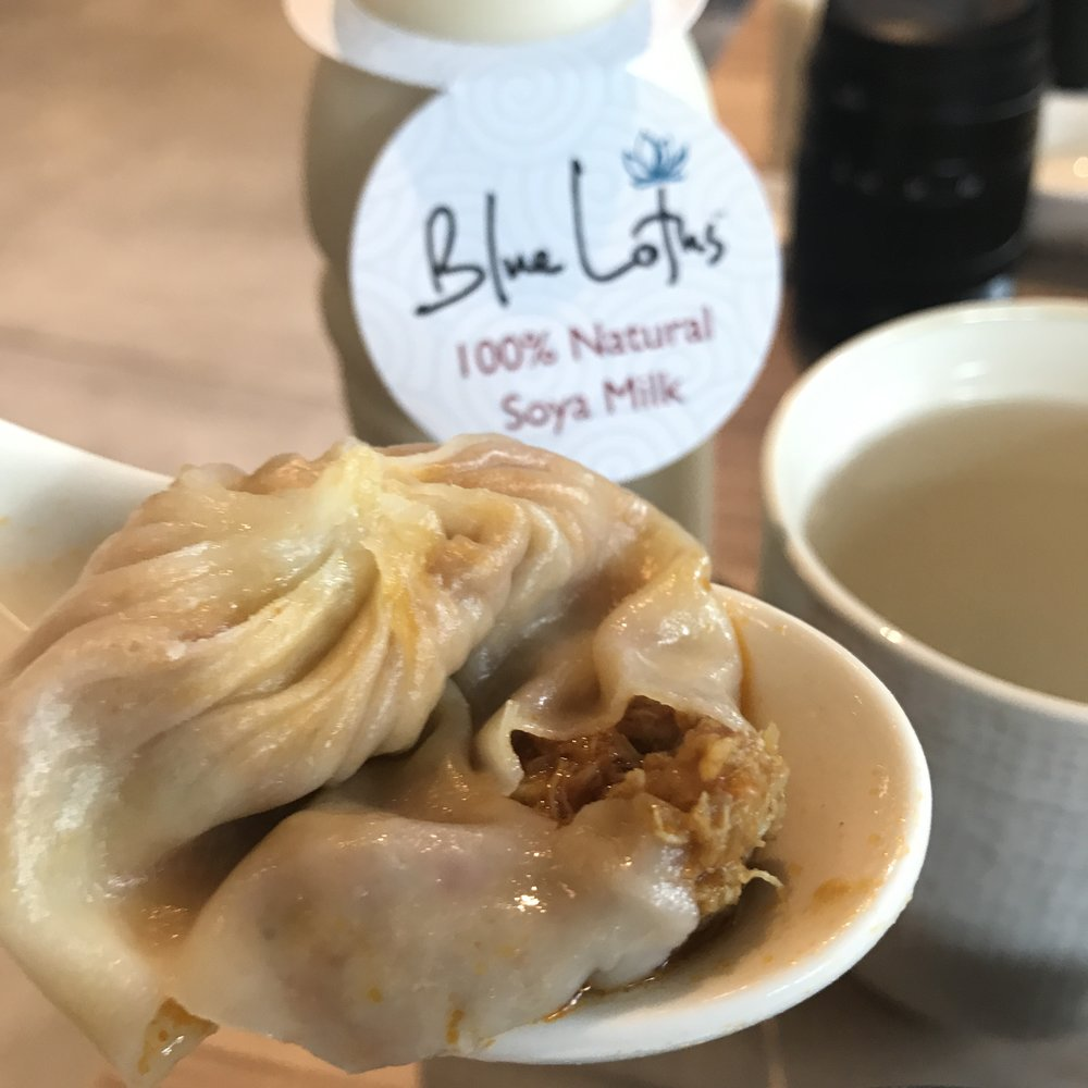 Chili Pomelo Crabmeat & Minced Pork Xiao Long Bao @ S$9 for 4 pieces