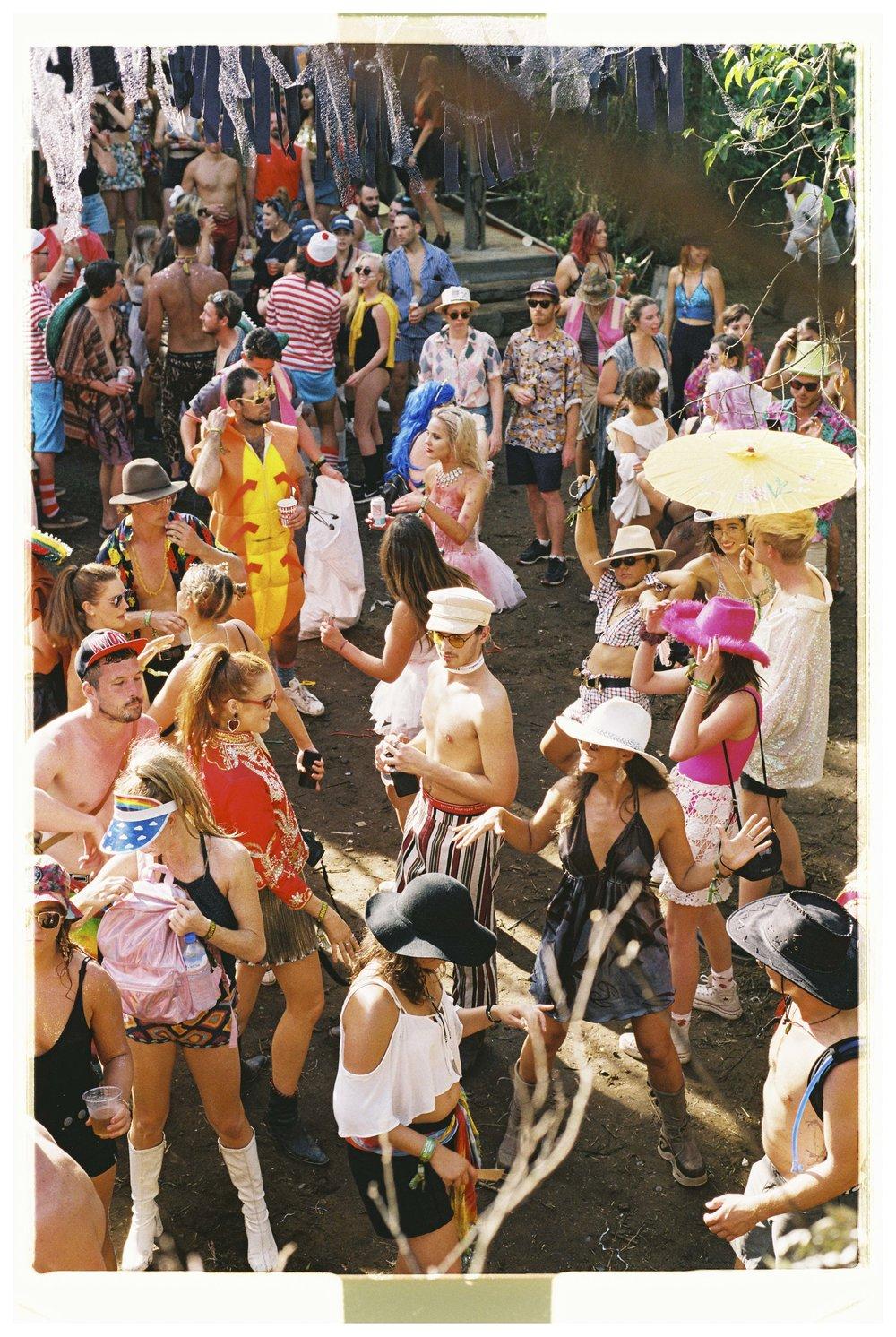 Crowd & Festival - Nikon F3 - Fuji Industrial 100 - 19.jpg