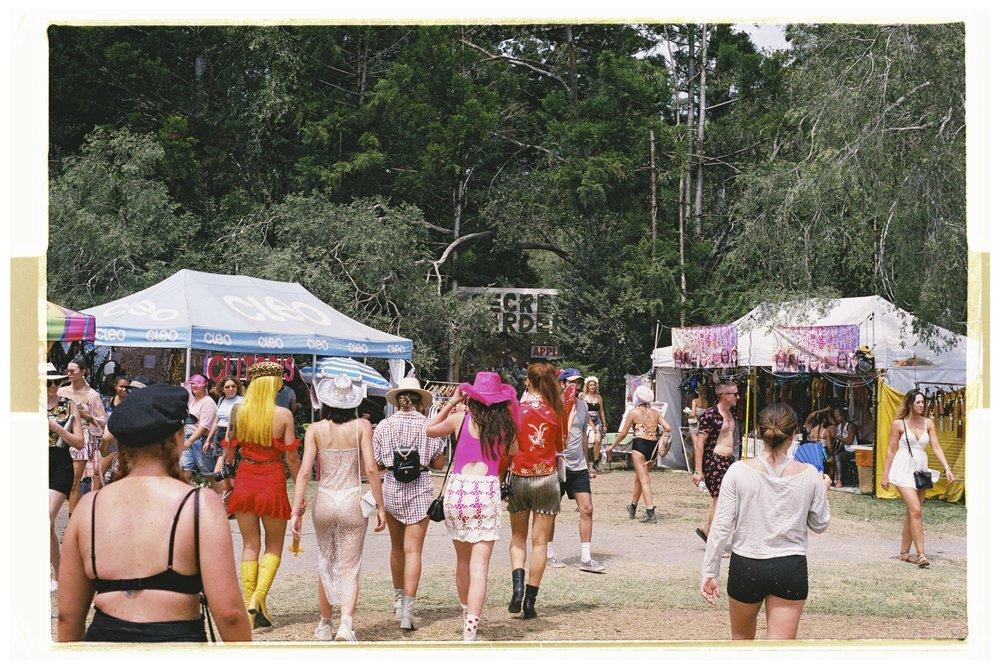 Crowd & Festival - Nikon F3 - Fuji Superia Xtra 400 - 10.jpg