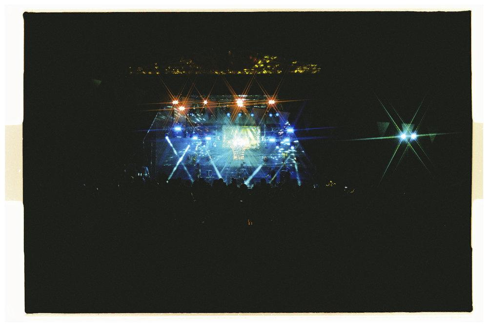 Crowd Shots - Nikon F3 - Lomography 800.jpg