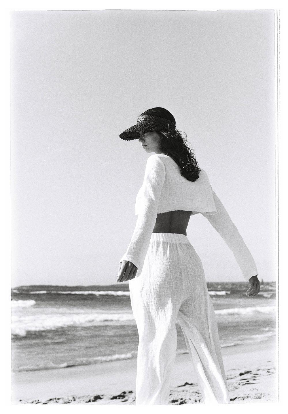 SAMANTHA FENDALL - Dylan Bow -29.jpg
