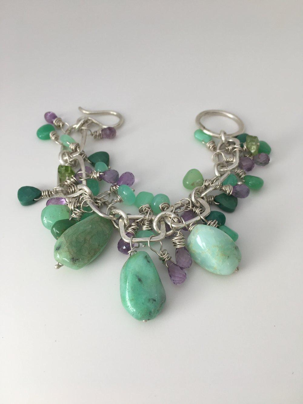 Green Stone BEaded Bracelet.JPG