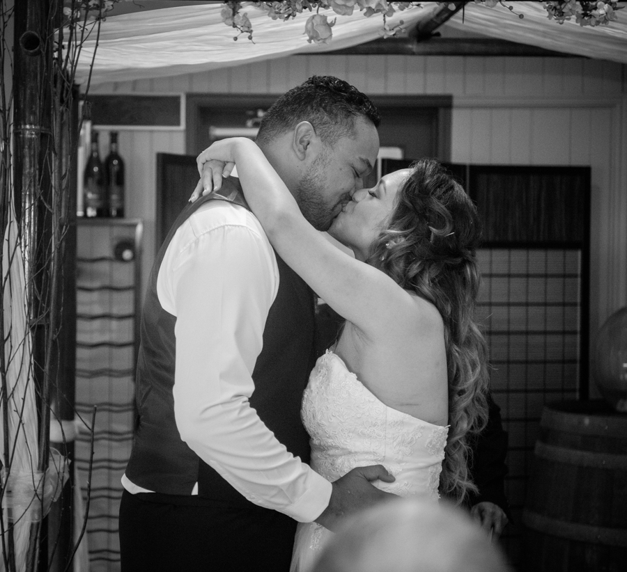 hervey bay wedding photographer (30 of 46).jpg