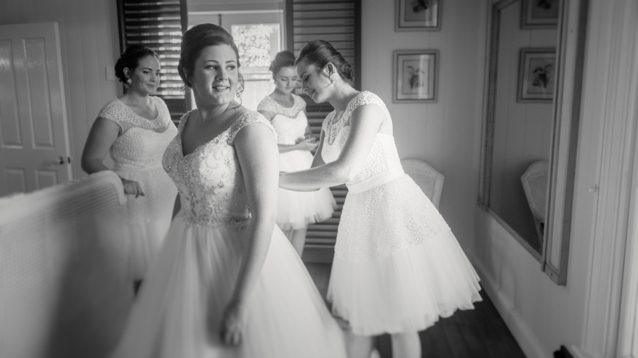 hervey bay wedding photographer (14 of 57).jpg