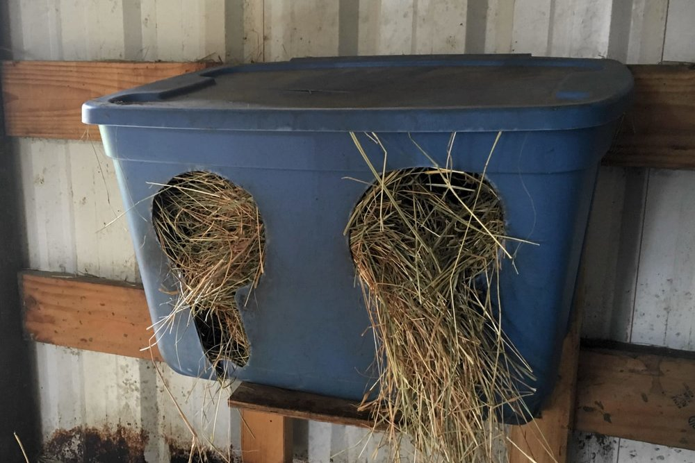 Keyhole hay feeder that reduces waste.