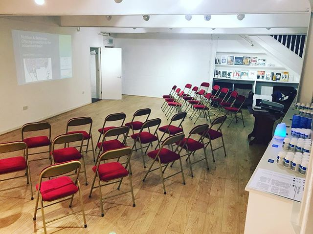 The first two Adolescent Brain Health Seminars had a brilliant turnout and received some great feedback - I am running two further seminars on Tuesday 21st and Wednesday 22nd November from 6:30-8:30pm at Space10 in the market buildings. No profit is generated from these events, the ticket price goes towards use of the venue and associated costs :-) Tickets are still available and can be purchased through Eventbrite, please check out the Facebook page 'Daniel White - Fast For Life' for more details #nutrition #nutritionist #nutritionalscience #brain #brainhealth #foodismedicine #neuroscience #foodandbehavior #health #healthcoach #guthealth #gutbrainaxis #gut #adhd #teenagers #adolescent #mentalhealth #paleo #primal #Guernsey
