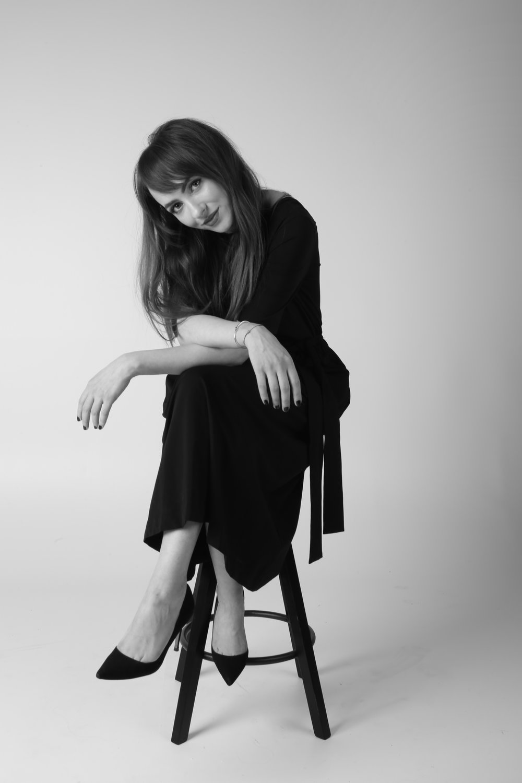 Elizaveta Maximová by Lisa Swan