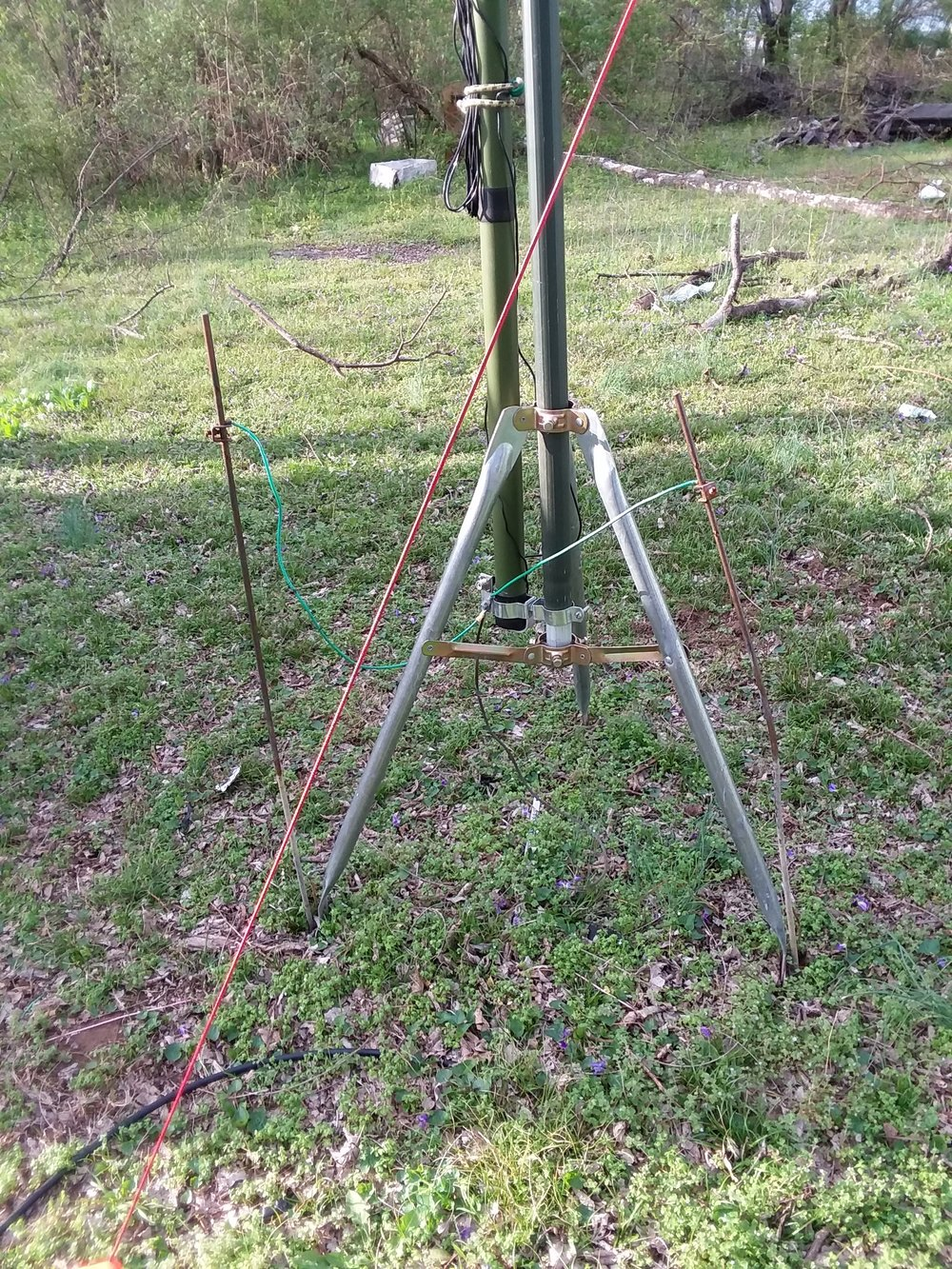 Eagle One antenna tripod