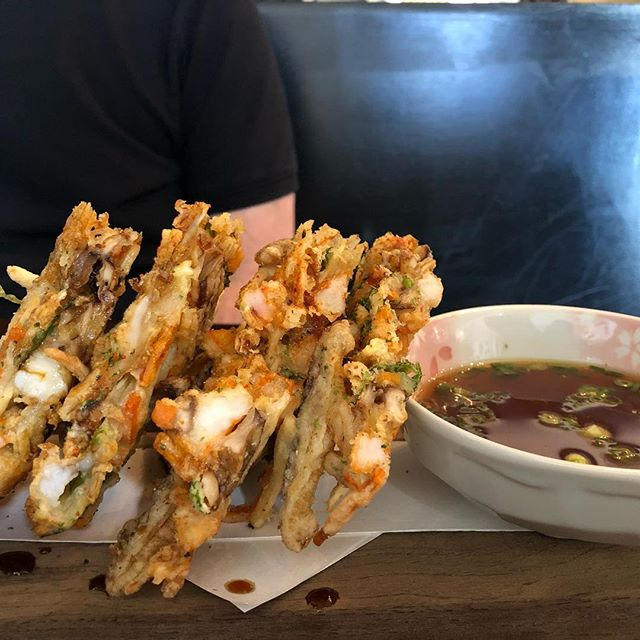 Insanely filling and delicious , this the tempura from Isayare, a jewel of a restaurant in Berkeley ... #isayareberkeley #restaurant #restaurantworthy #travelwithme #kendalandgrace