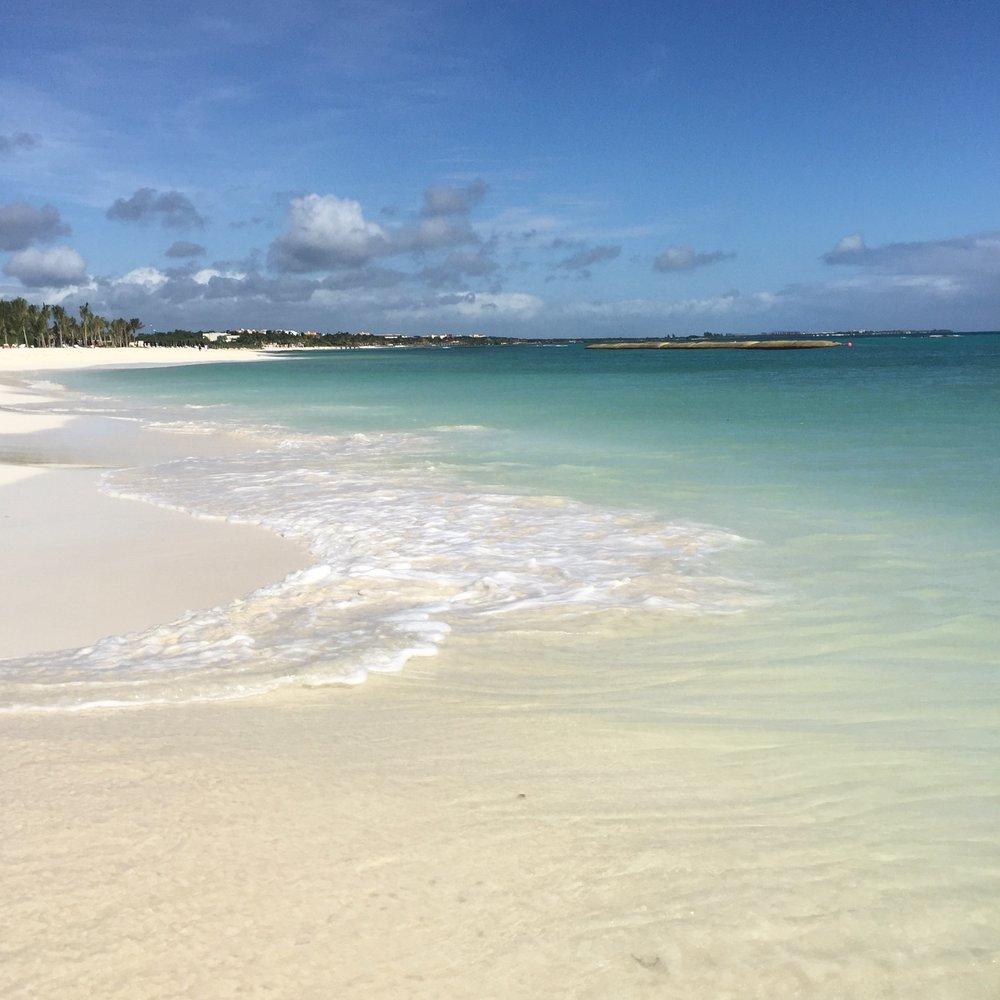 Andaz Mayakoba Beach.jpg