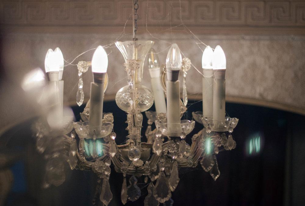light fixture.jpg