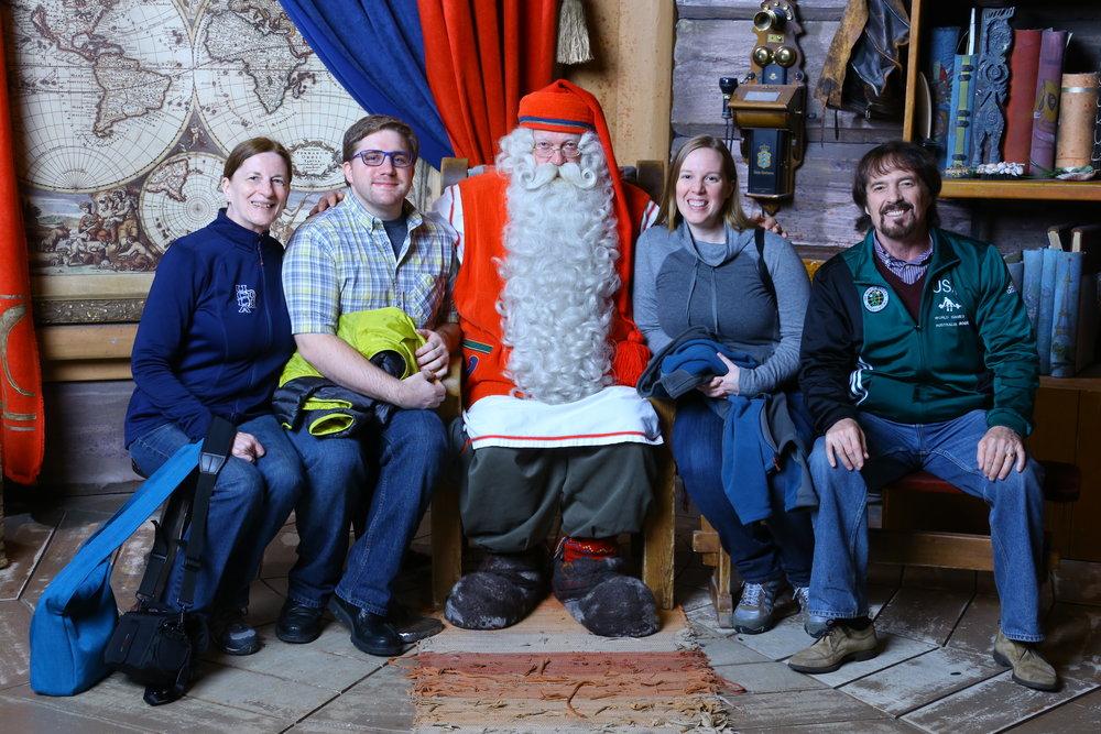 Santa!!!! I KNOW HIM!
