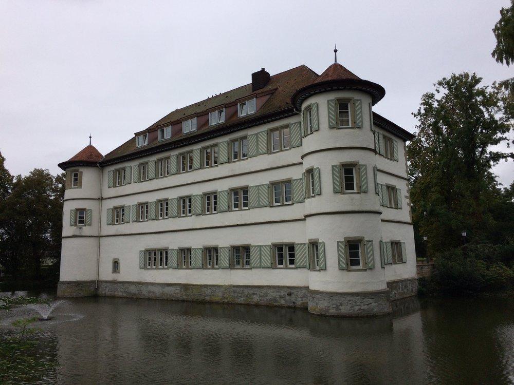 Vasser Schloss in Heinsheim. Vasser Schloss translates to Water Castle