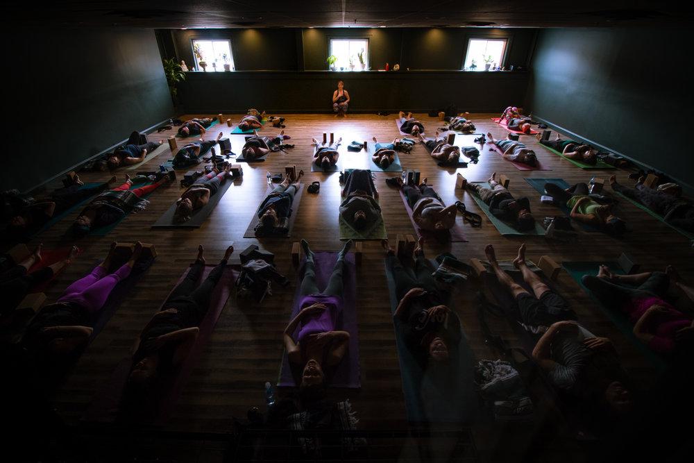 Syracuse Yoga 20171123-1362 Sophie Tashkovski.jpg
