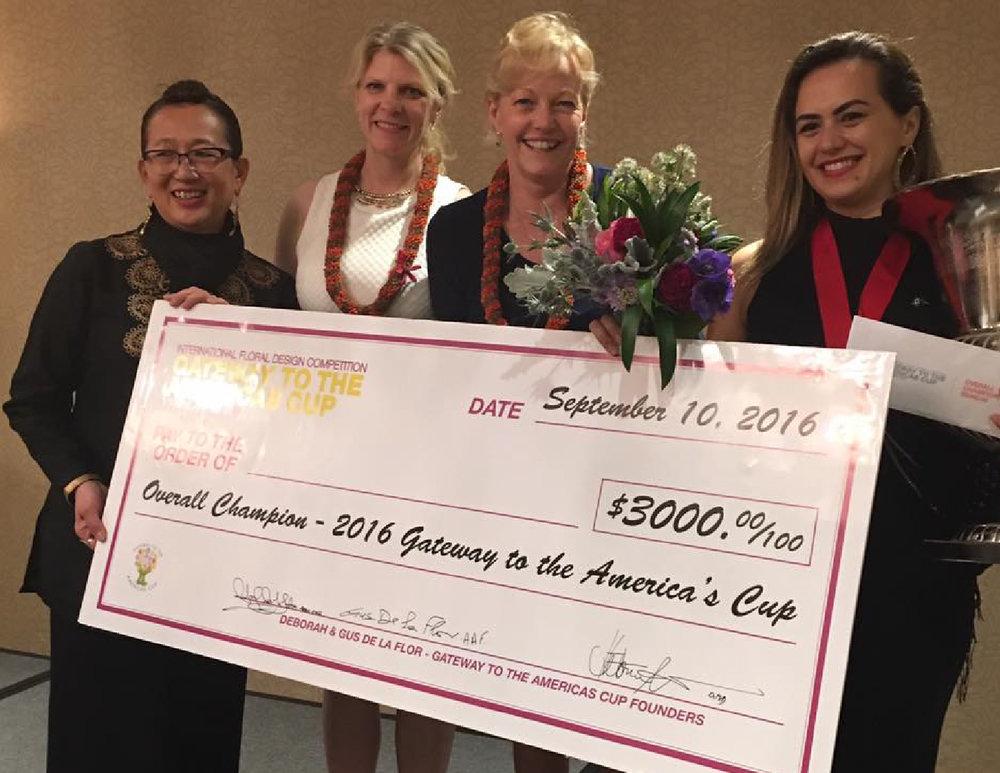Juliana Hames foi a grande vencedora do Copa das Américas de Design Floral que aconteceu em Vancouver, no Canadá, de 10 a 12 de setembro/2016