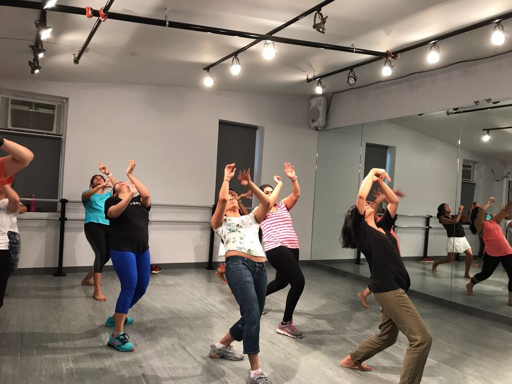 BOLLYHIIT CLASSES
