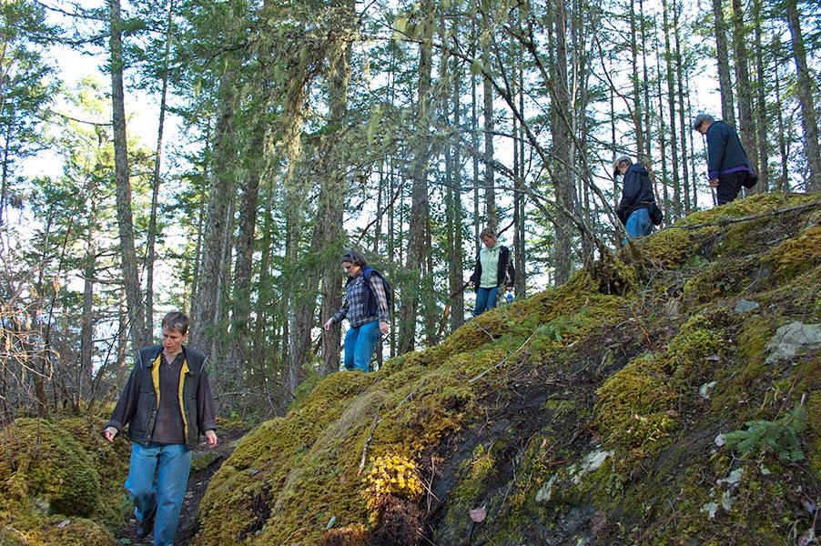 hikingdownpenderhill.jpg