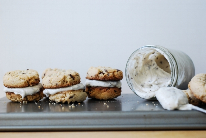 almondchunksandwichcookies