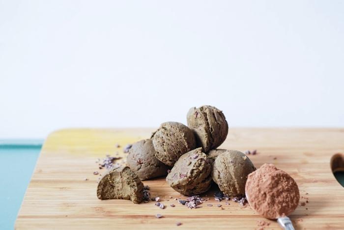 matchachocolateproteinballs