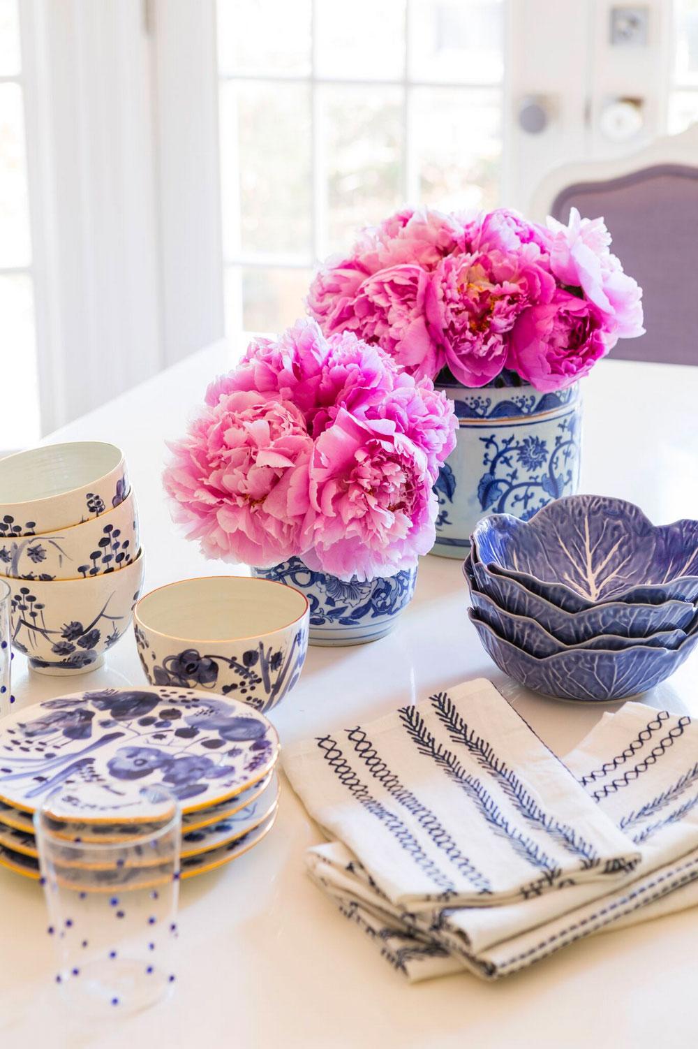 Molly-Ray-Young-Interior-Design-Little-Rock-Arkansas-Kitchen-Blue-and-White-Ceramic-Pottery-Spode-Rett-Peek.jpg