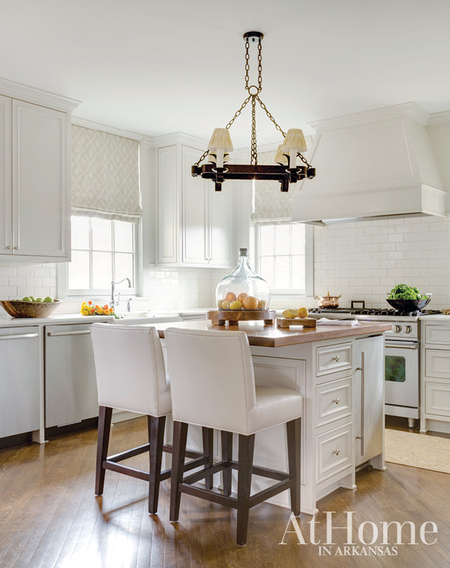 Molly Ray Young - At Home in Arkansas - Sanctuary Made Chic 6.jpg