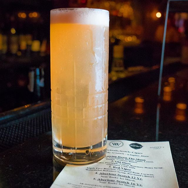 Sunday Scaries = not a thing thanks to @wineandwhiskeynyc's Old Dizzy