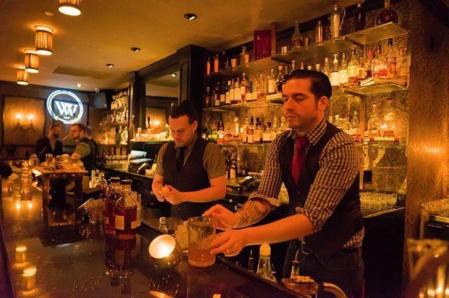We love our @wineandwhiskeynyc bartenders 🥃🍹🍸