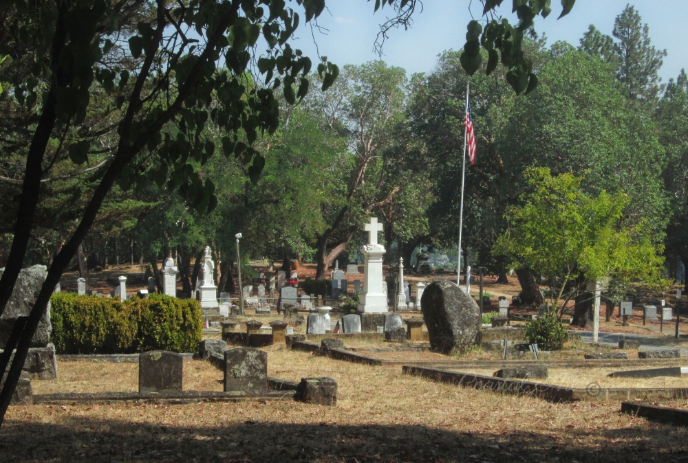 he middle of the City Center.This is the main area around the start of the cemetery