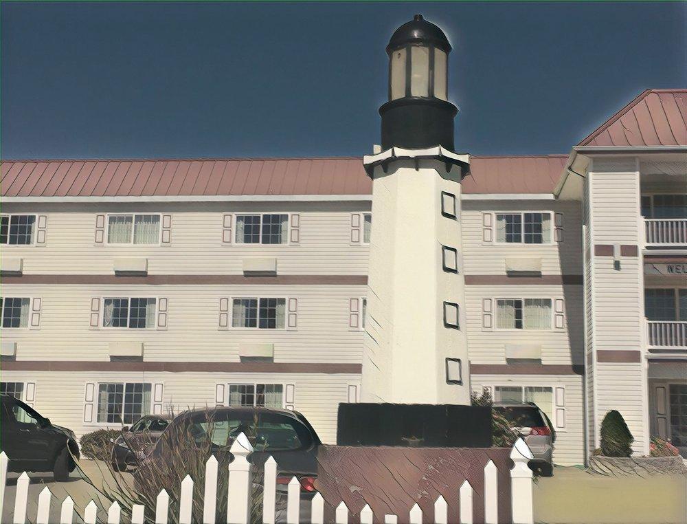 hotel-lighthouse-image
