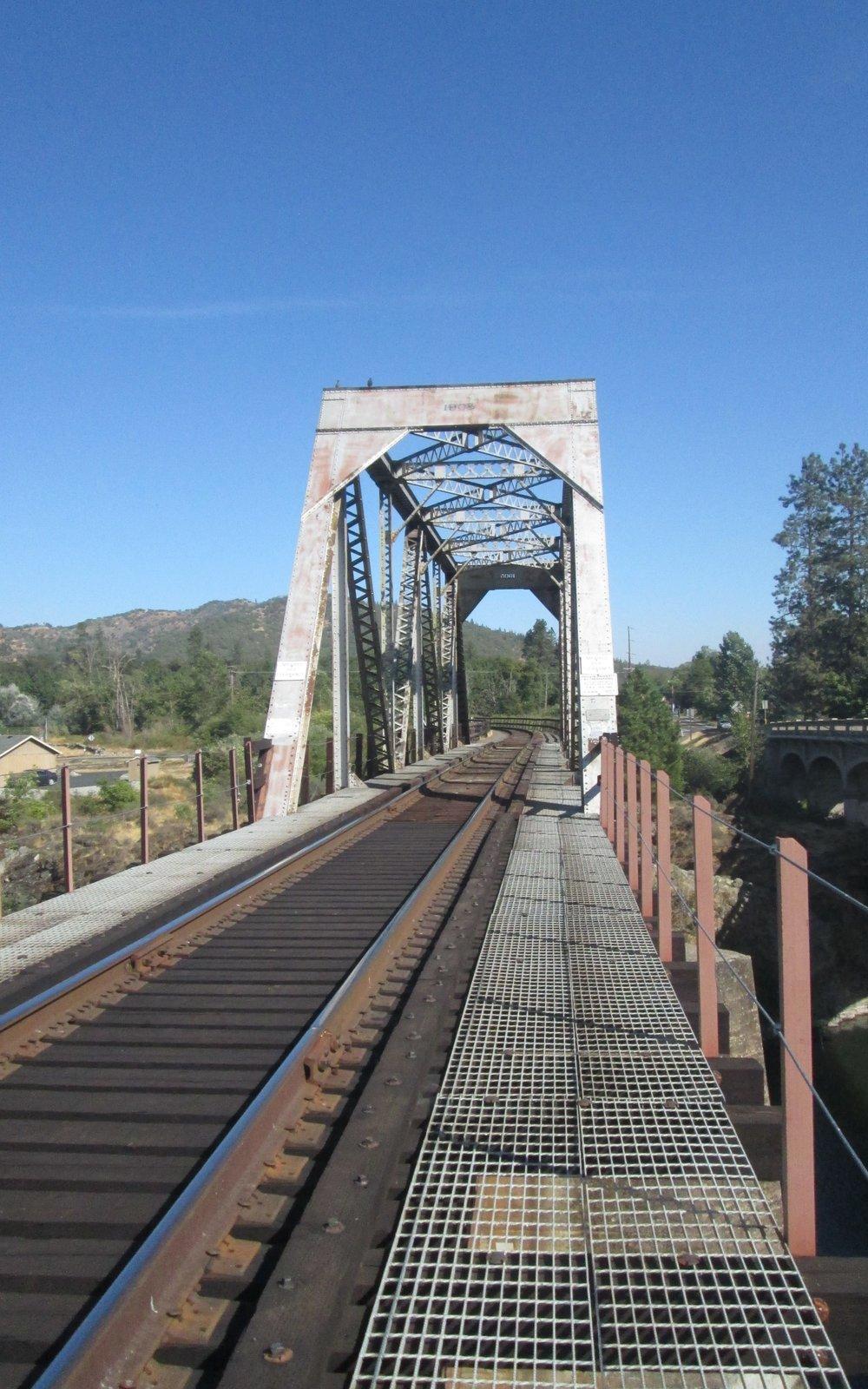 GOldhill-COPA-bridge-Oregon -10x16-min.jpg