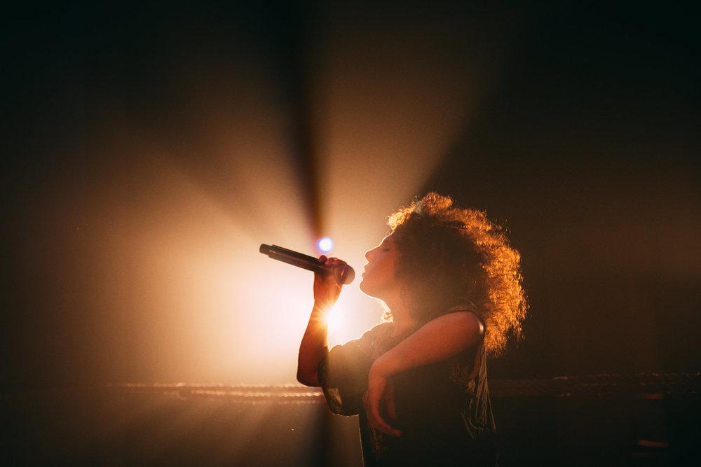 Meduza Maat at a concert in Montreal ©Adrian Morillo