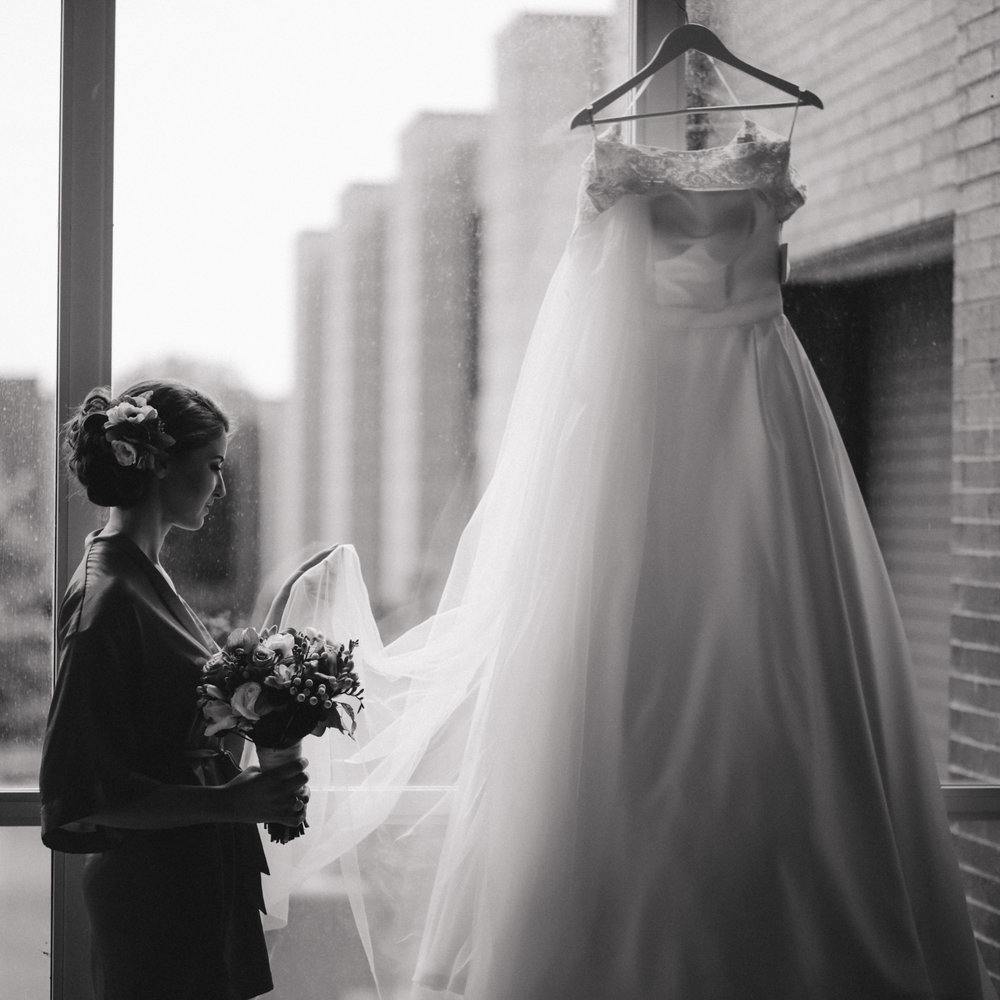wedding dress toronto.jpg