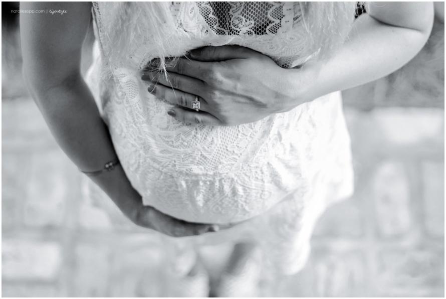 150606-Melissa-Joshua-Maternity-75-BW.jpg