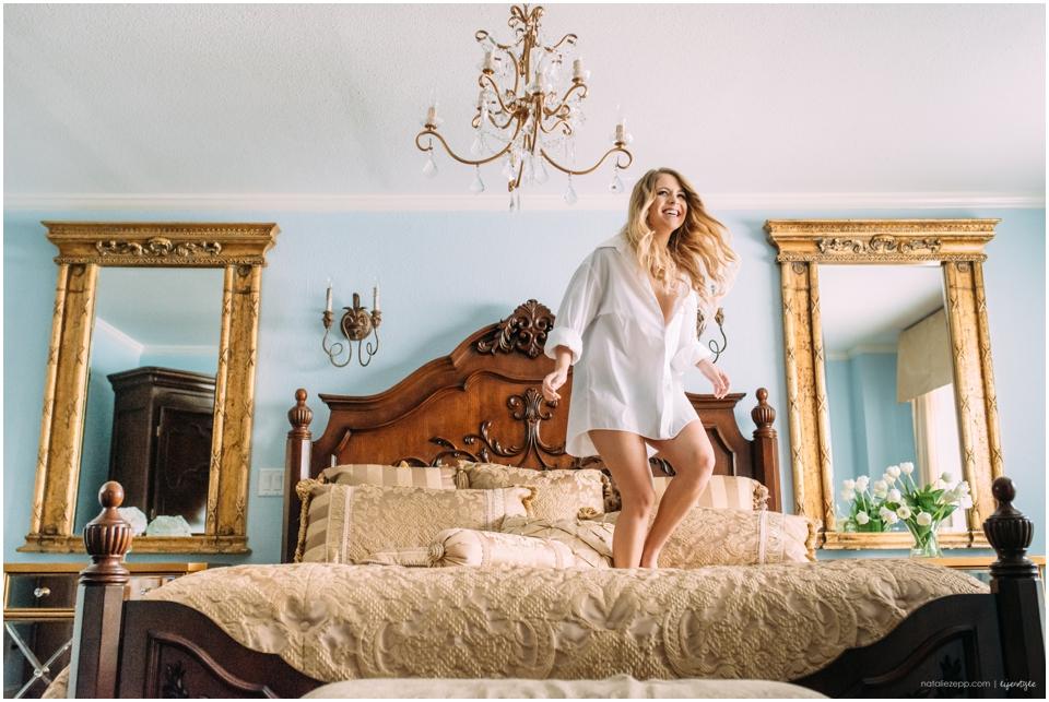 Pensacola boudoir, new world inn, downtown pensacola, Pensacola boudoir photographer, intimate sessions