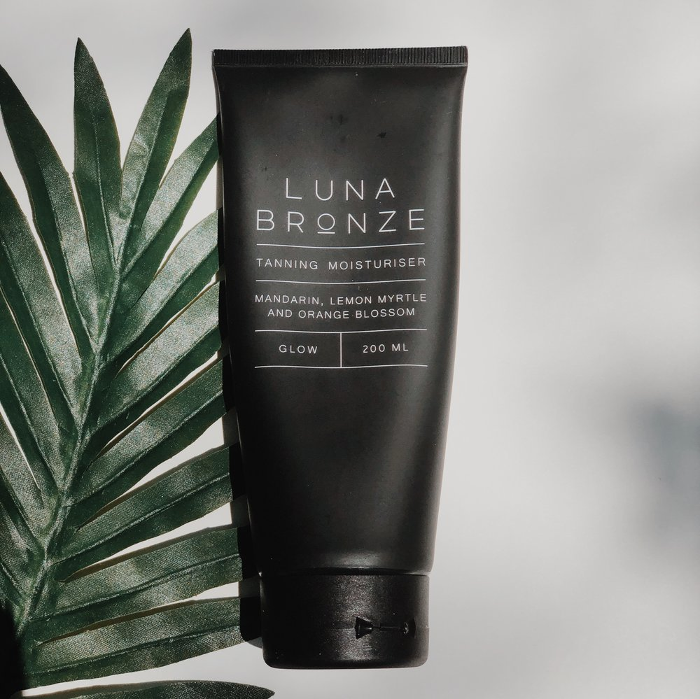 for your body - Luna Bronze Tanning Moisturiser