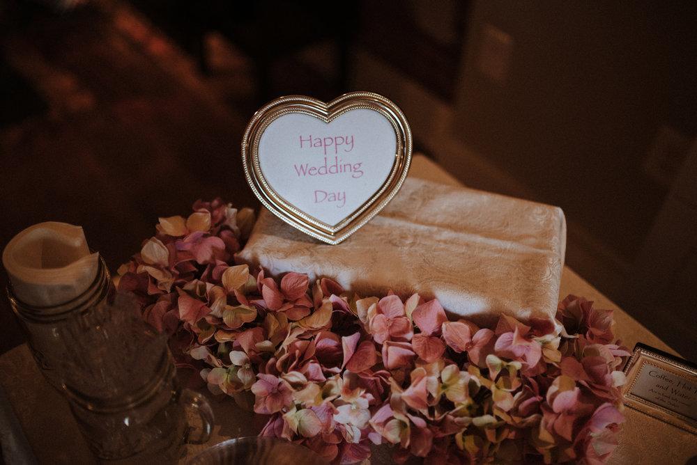 ApkePhotography_WeddingInWarrenton_Kaylee&Michael_3.jpg