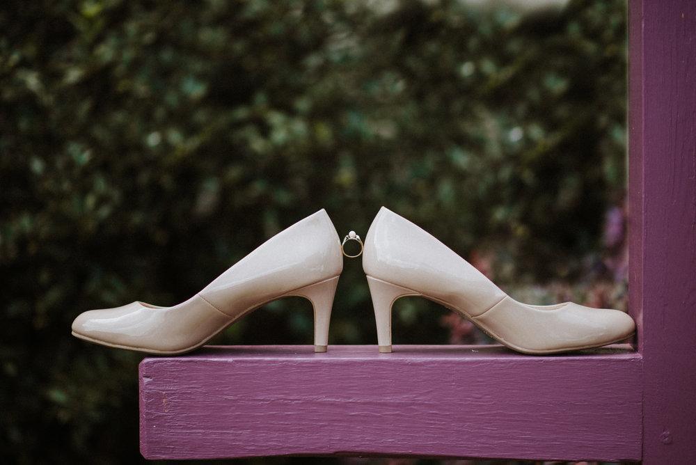 ApkePhotography_WeddingInWarrenton_Kaylee&Michael_28.jpg