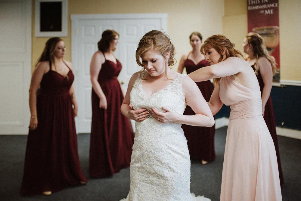 ApkePhotography_WeddingInWarrenton_Kaylee&Michael_35.jpg