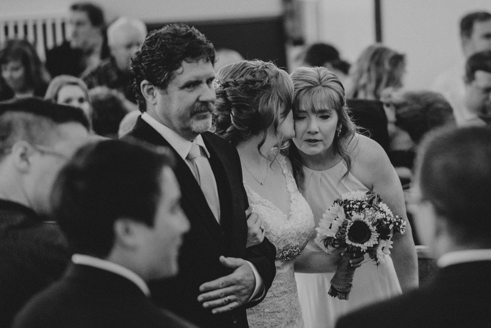 ApkePhotography_WeddingInWarrenton_Kaylee&Michael_54.jpg