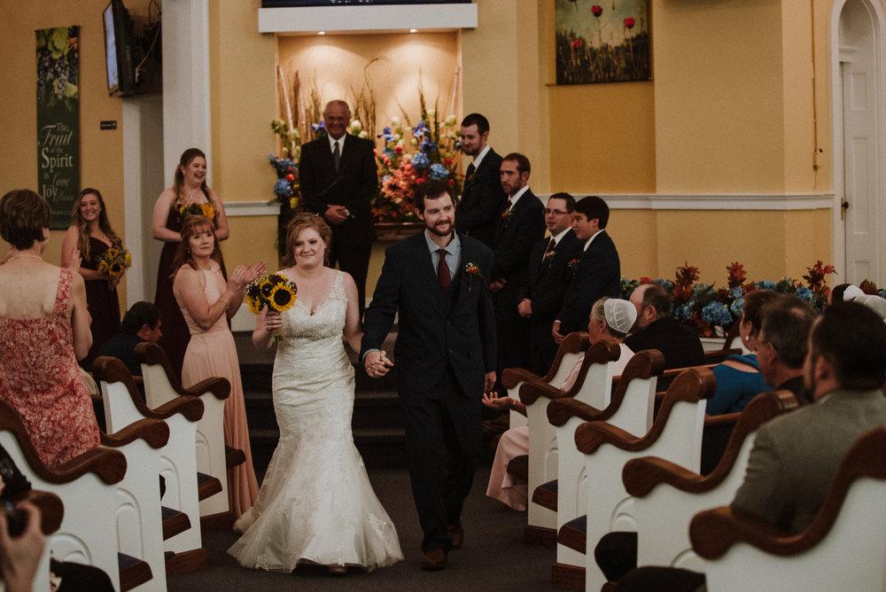 ApkePhotography_WeddingInWarrenton_Kaylee&Michael_56.jpg