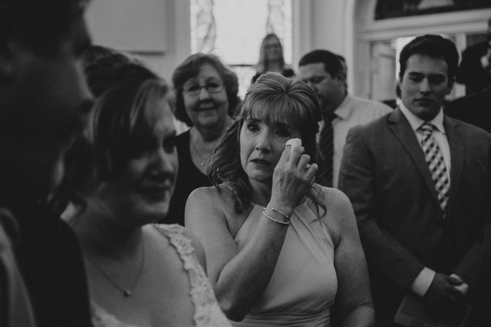 ApkePhotography_WeddingInWarrenton_Kaylee&Michael_61.jpg