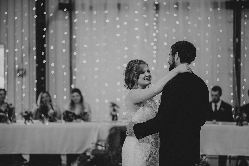 ApkePhotography_WeddingInWarrenton_Kaylee&Michael_64.jpg