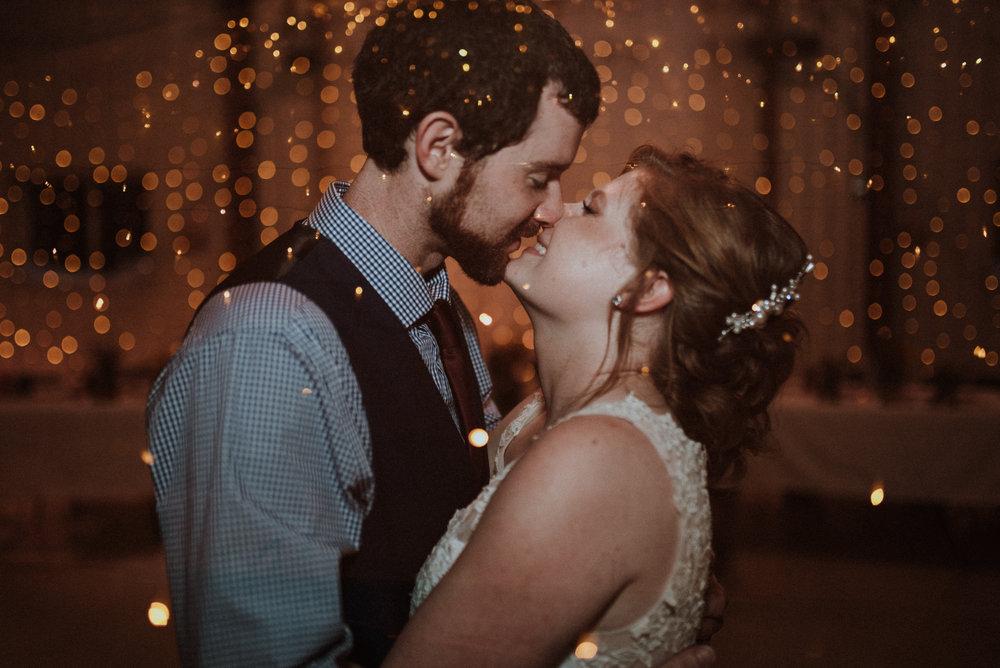 ApkePhotography_WeddingInWarrenton_Kaylee&Michael_83.jpg