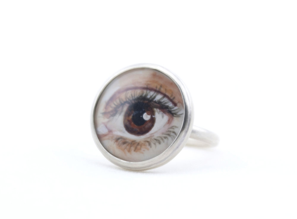 Lover's Eye Ring Brown