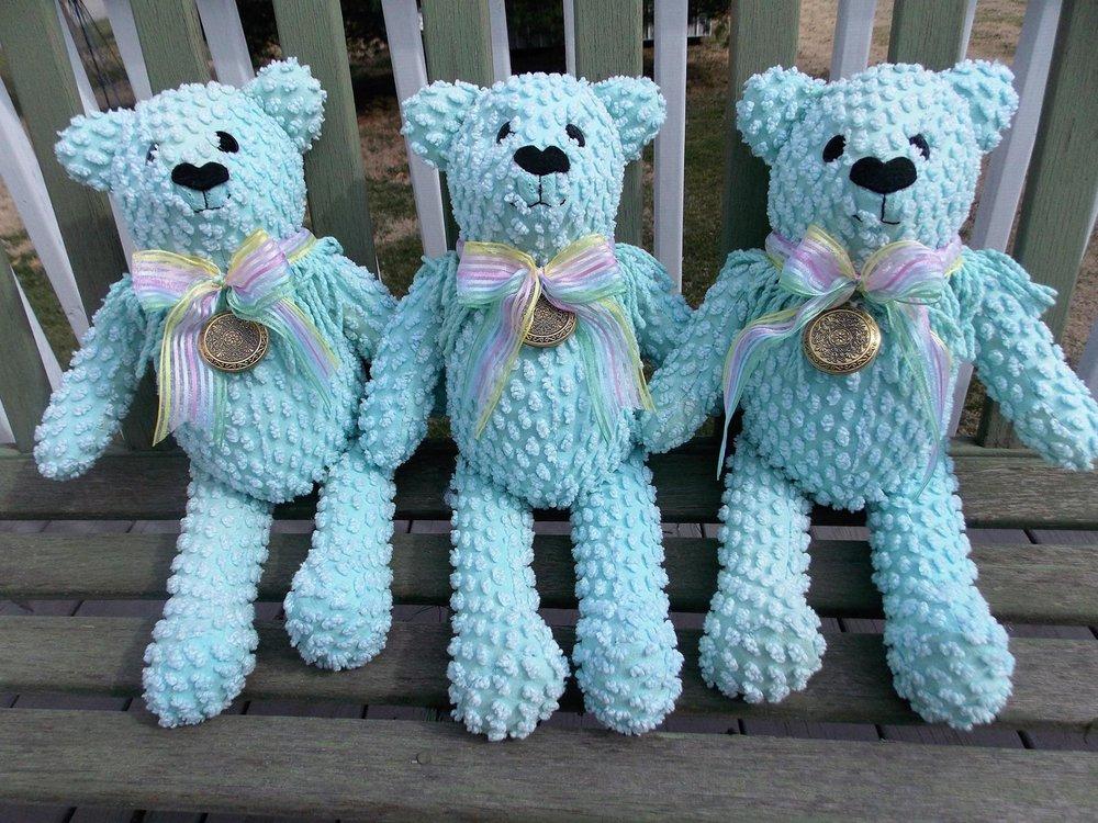 bedspread bears.jpg